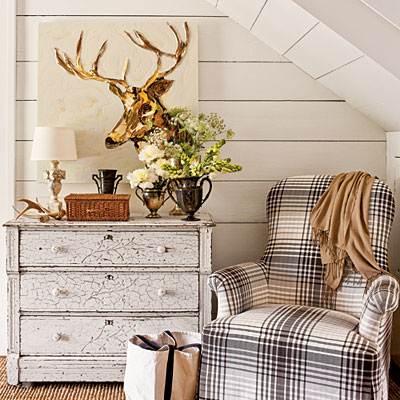 Southern Season Idea House under the stair nook